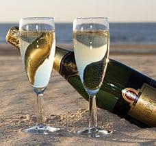 trouwen-mooiste-dag-strandhuis-wijk-aan-zee-bruiloft